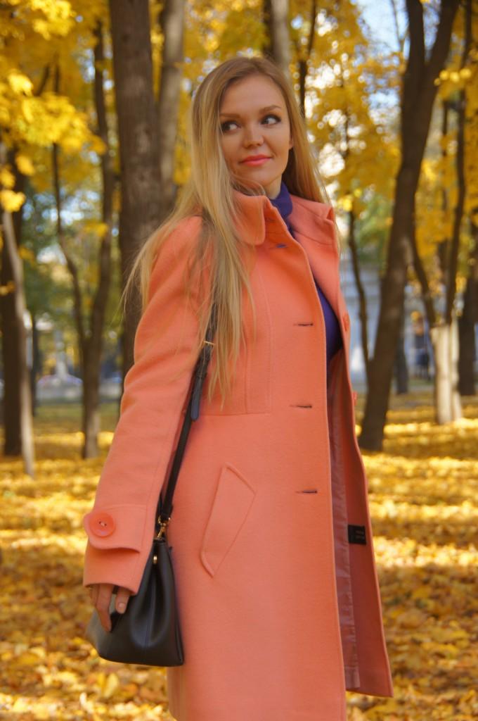 Оранжевый и фиолетовый в одежде
