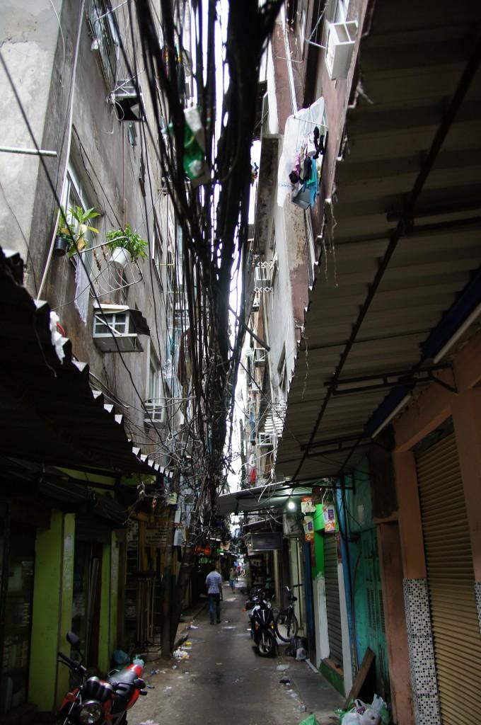 Электропровода в фавелах Рио