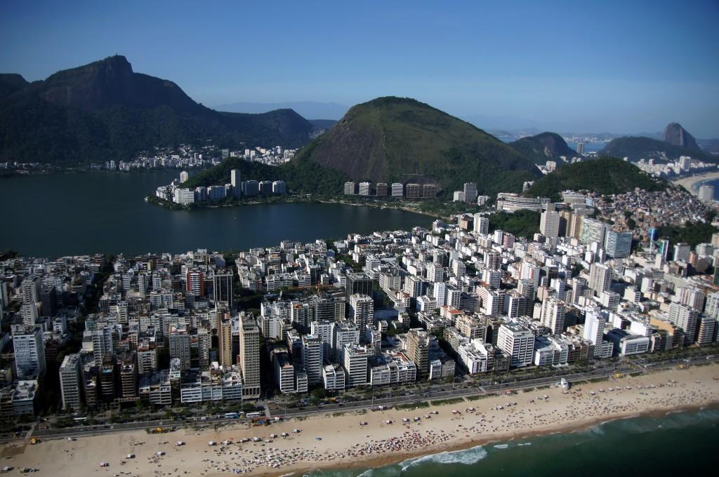 Рио с вертолёта. Пляж Ипанема