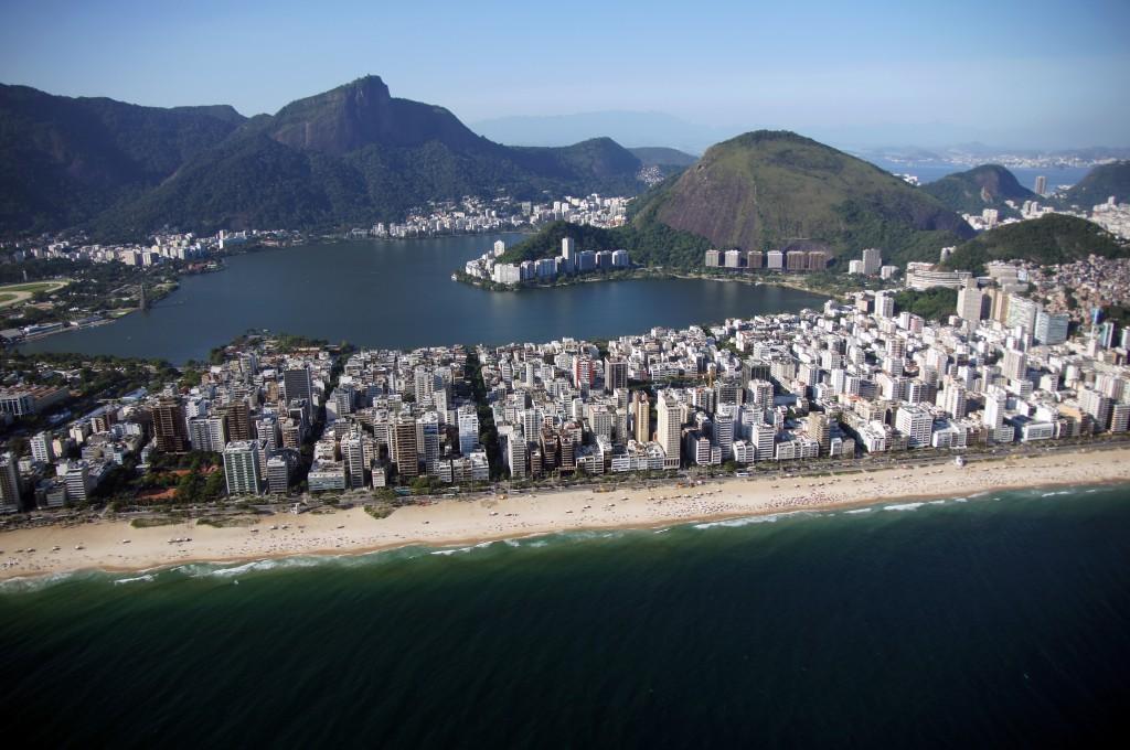 Над Копакабаной, Рио
