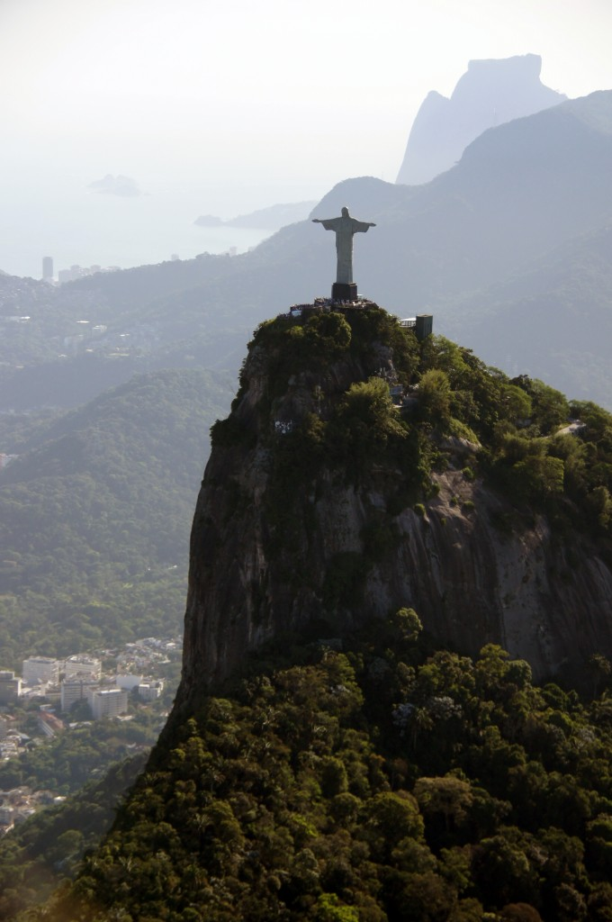 Статуя Христа на горе Корковаду, Рио
