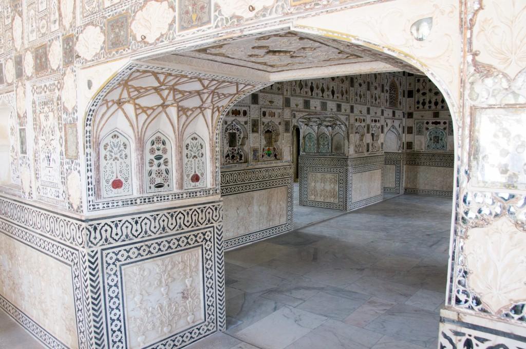 Зеркальный дворец Шиш Махал