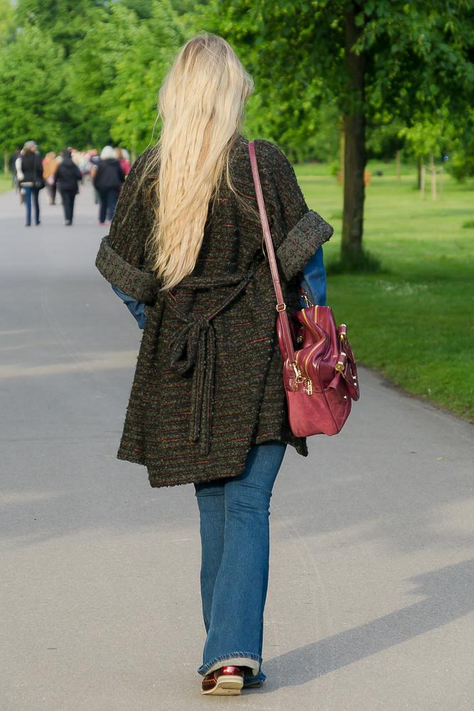 Образ с джинсами клёш Miss Sixty, Лондон