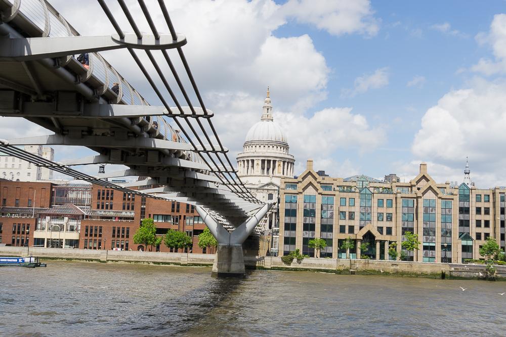 Круиз по Темзе, мост Миллениум
