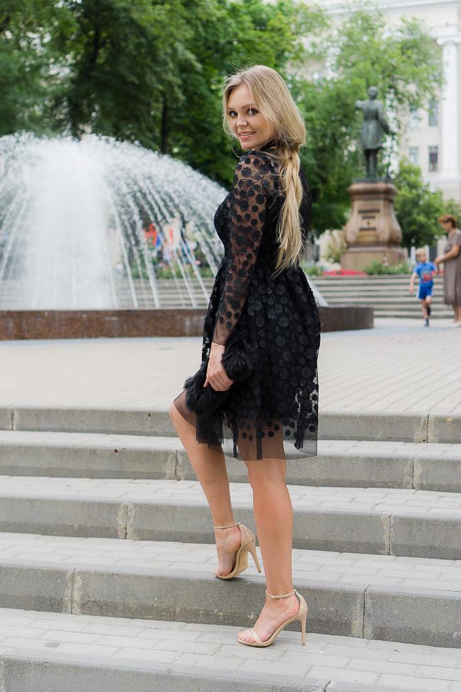 Кружевное платье, прозрачность
