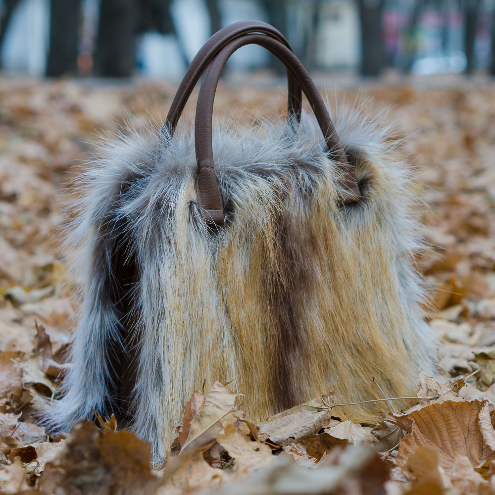 Меховая сумка под лису