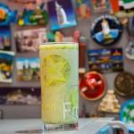 Зеленый коктейль – лучший косметолог, диетолог и подниматель настроения