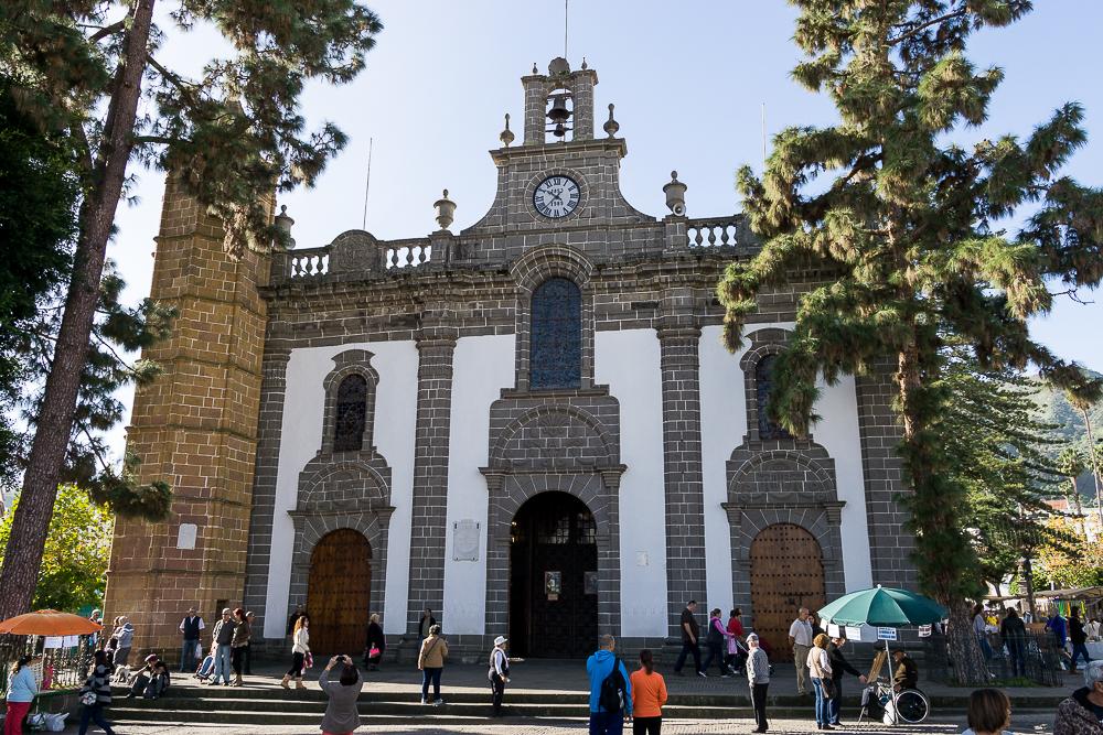 базилика Нуэстра Сеньора дель Пино, Терор