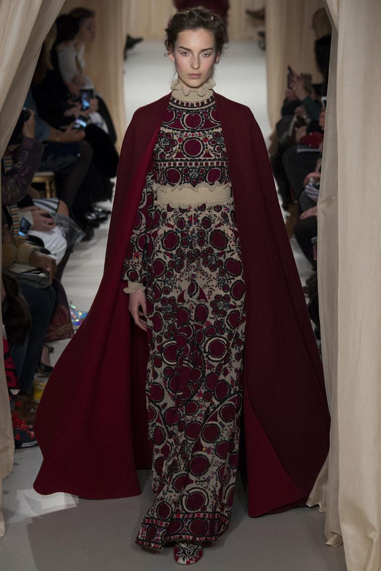 Русская коллекция Valentino весна-лето 2015. Париж